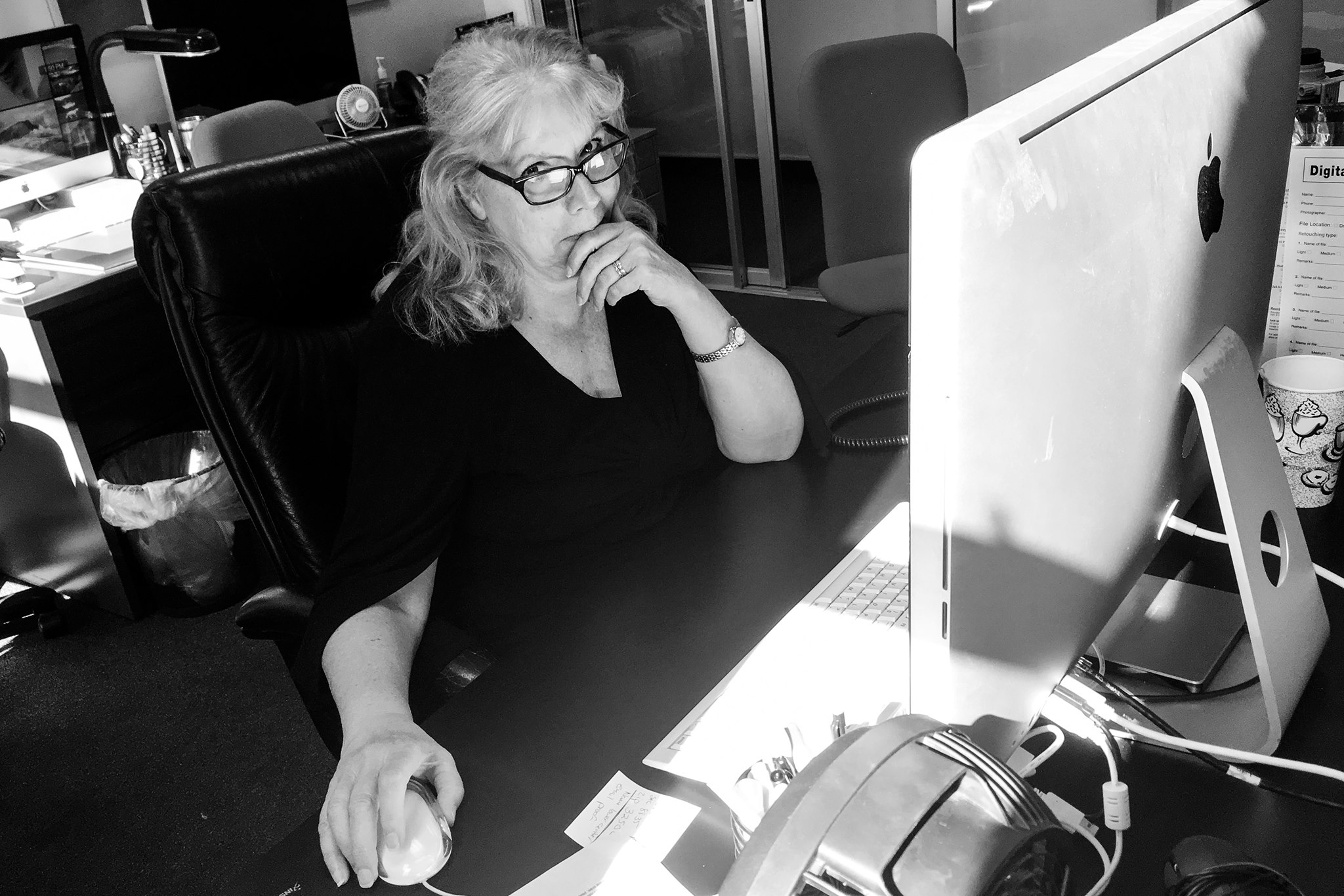 Belle Wesel, Customer Service & Retouching