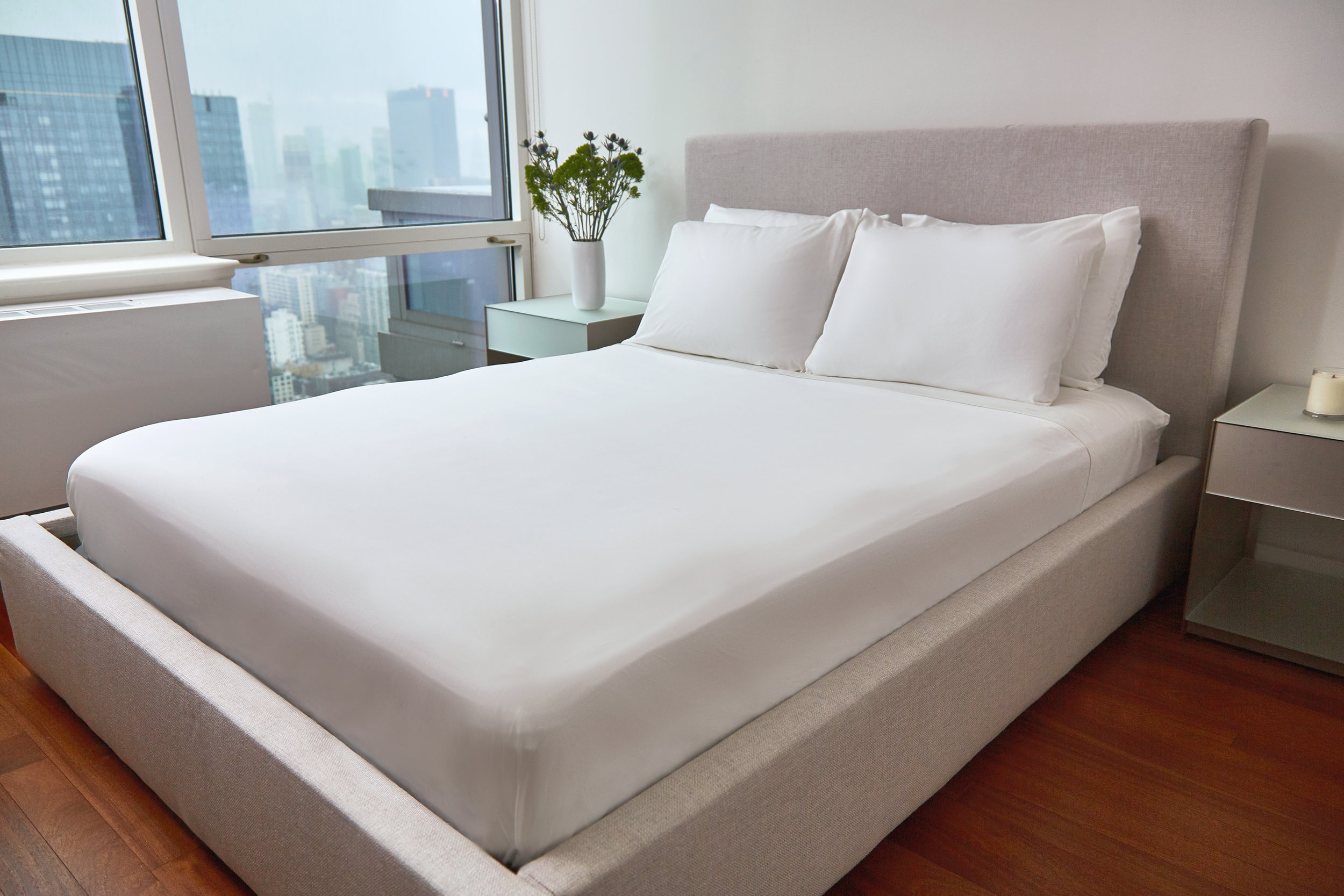 Farm-to-Home_Bed-sheets_White1088_xret3.jpg