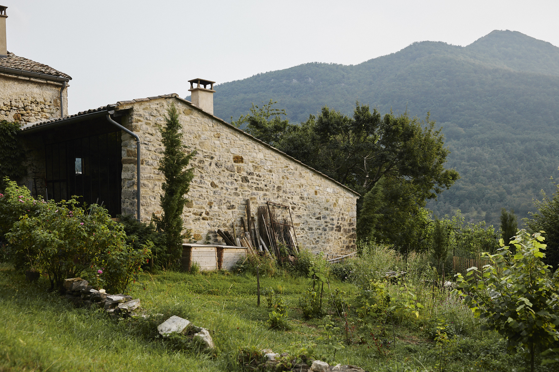 Garden and atelier, north elevation.