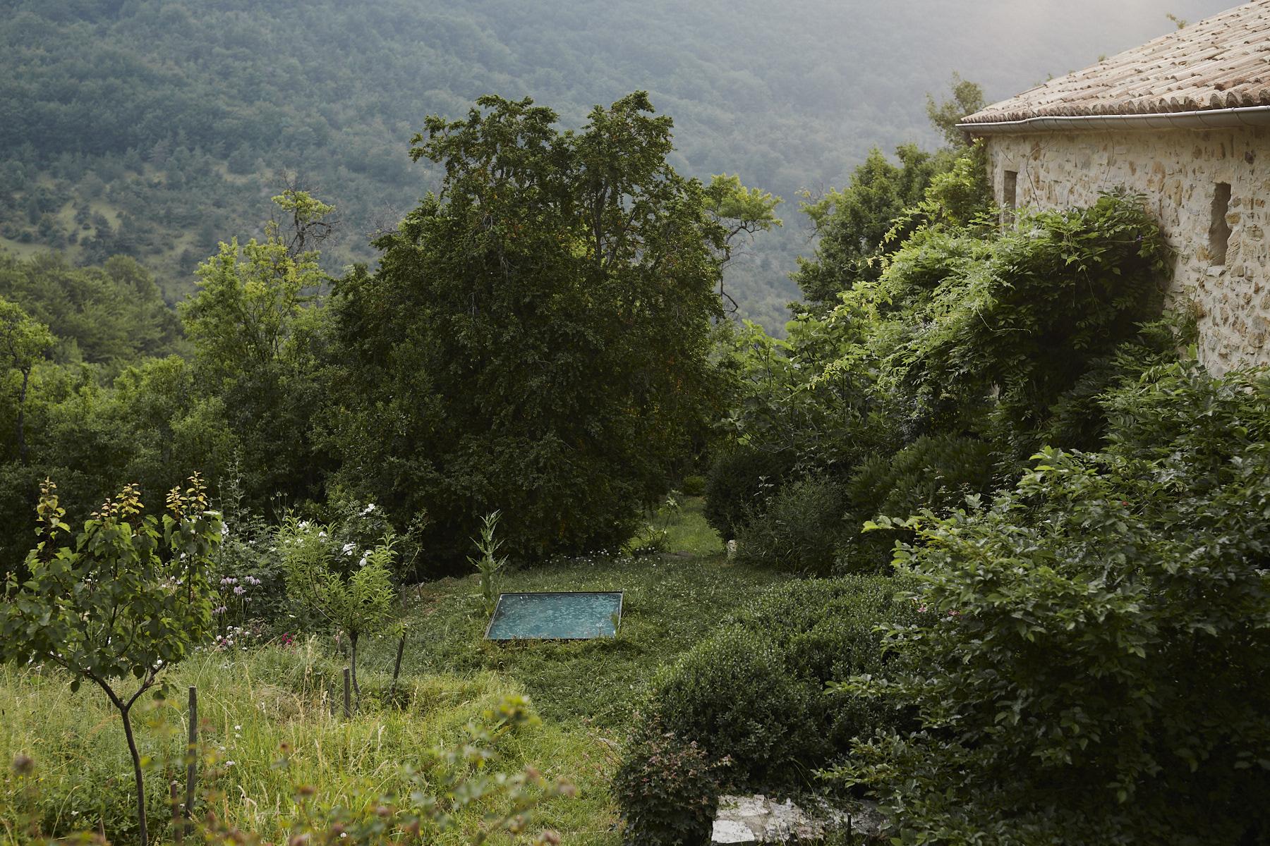 A  Capteur  in the garden in Drôme.