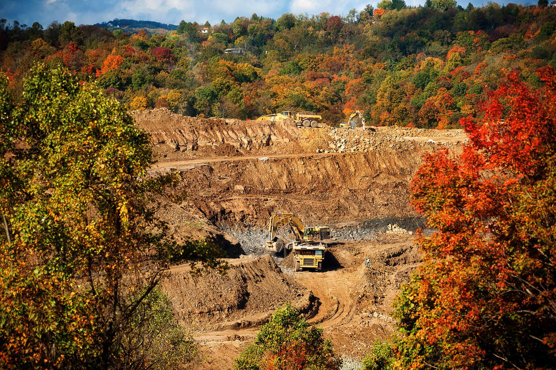ElliottCramer_PittsburghCommercialPhotographer_30.jpg