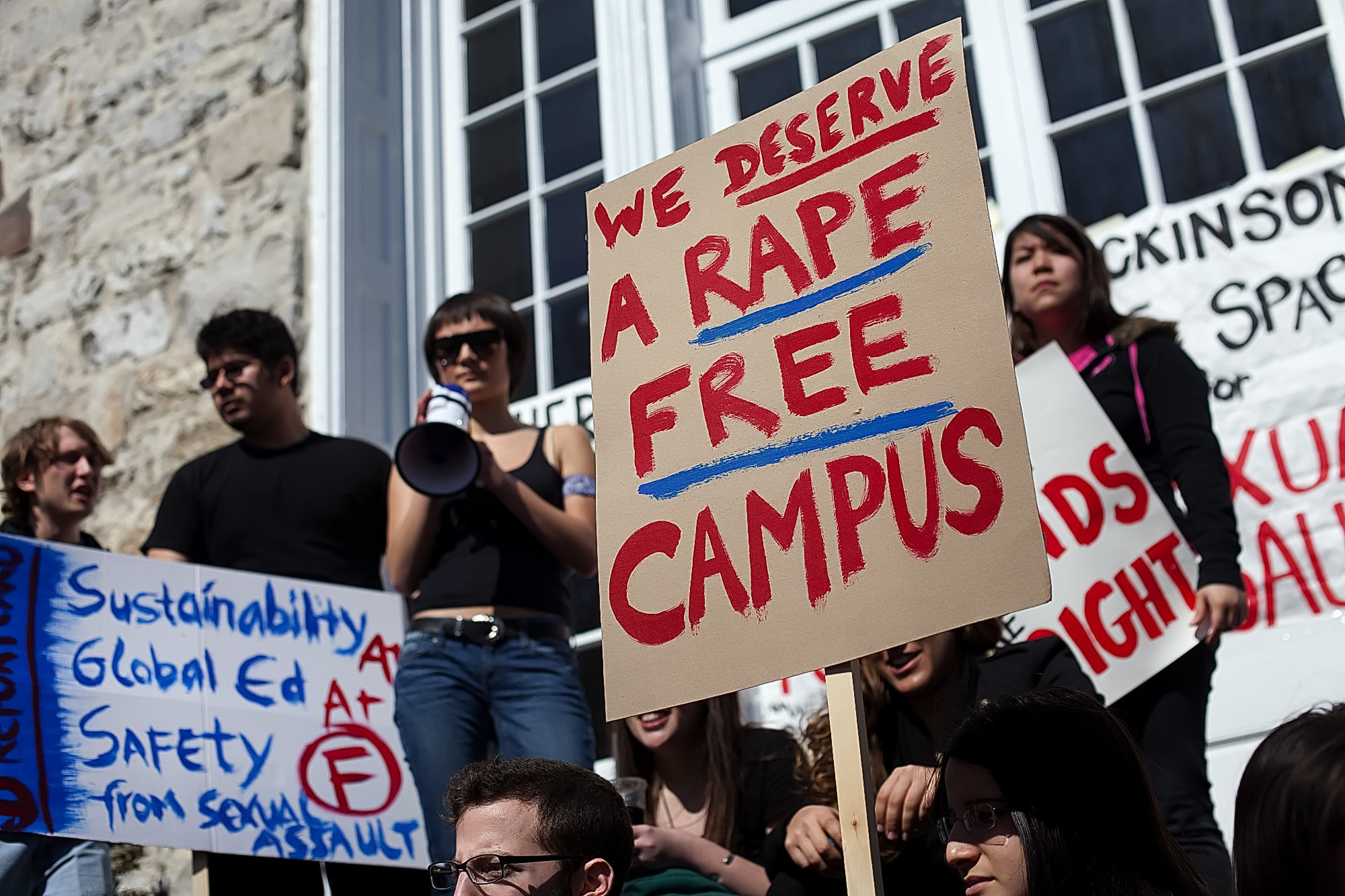 Image credit: http://nyulocal.com/on-campus/2014/05/06/federal-investigations-bring-attention-to-campus-sexual-assault-problem/