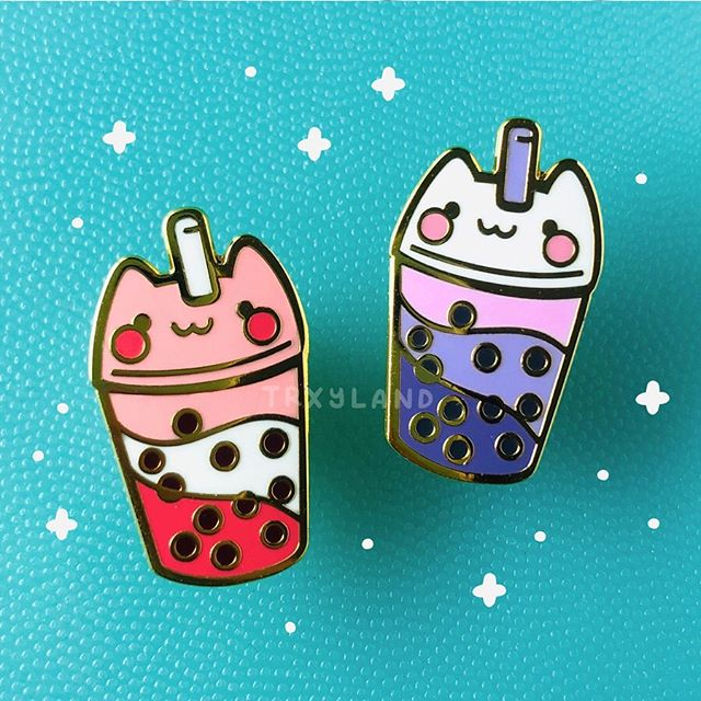More new pins coming in the shop update this Saturday, Aug 17 at 9PM EST! It's the bubble tea cats! You might remember them from my bubble tea washi tape 🐱🐱⁣ .⁣ .⁣ .⁣ #enamelpins #enamelpin #pingamestrong #cutepins #bubbletea #bubbletealover #bobatea #pincollector #pincommunity #trxyland