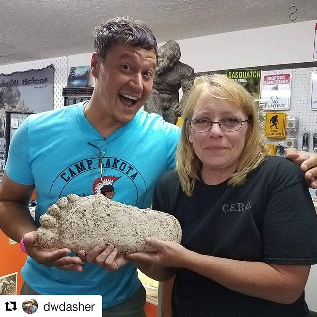 HOT OFF THE PRESS!!! @dwdasher reports an official Mudbone @mudbone_music sighting at the @bigfootresearch facility in Southern Washington State!!! #confirmed #ireallydoexist  #Repost @dwdasher (@get_repost) ・・・ My new friend Charlene from @bigfootresearch showing me the original cast from the Patterson-Gimlin sighting! Even more awesome... she was listening to @mudbone_music!!! #lasthonkytonkmusicseries #datsauce #mudbone #dasher #bigfoot #wayoutwest