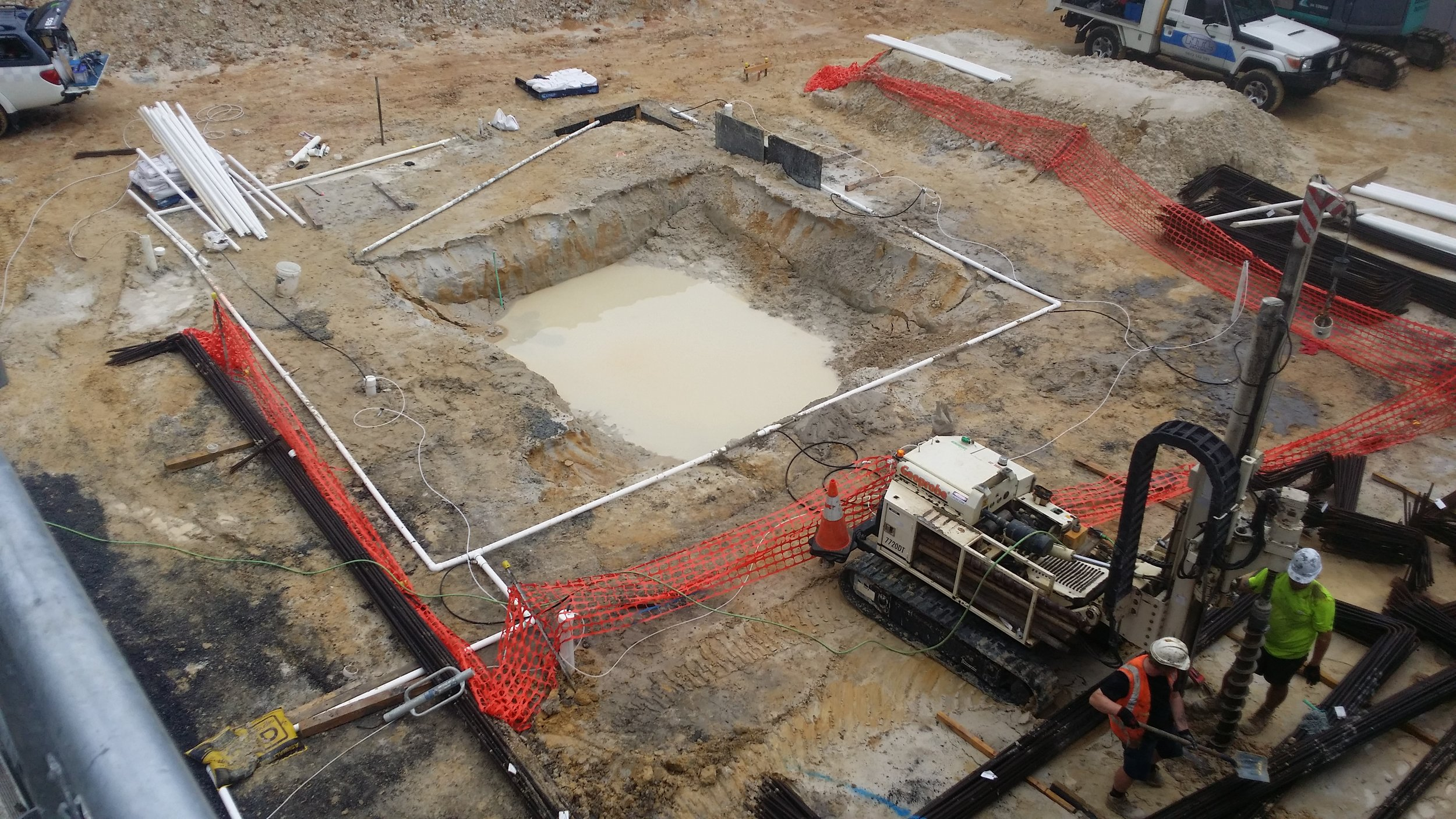 Pre-dewatering showing installation of spear system.