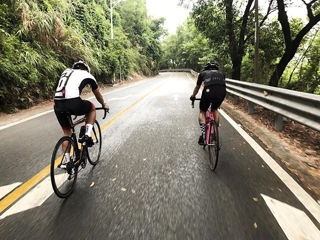 Morning ride,have a nice day. . . . #ZealCycling #roadbike #cycling #cycle #cyclife #bikeporn #bike #ride #rider #riding #nowhere #outsidefree