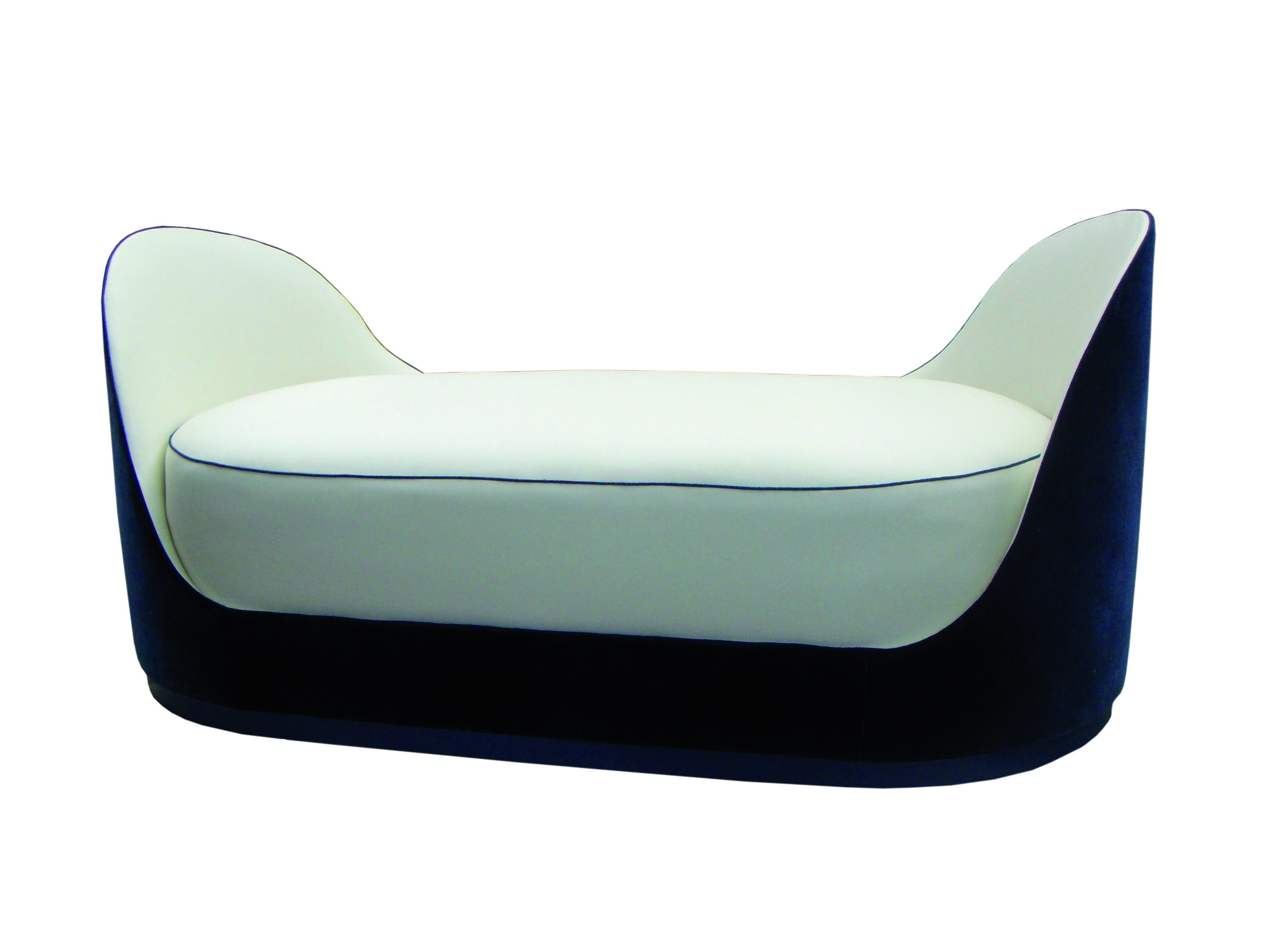 We also made this splendid 'boat' daybed with incredible deep cushion.
