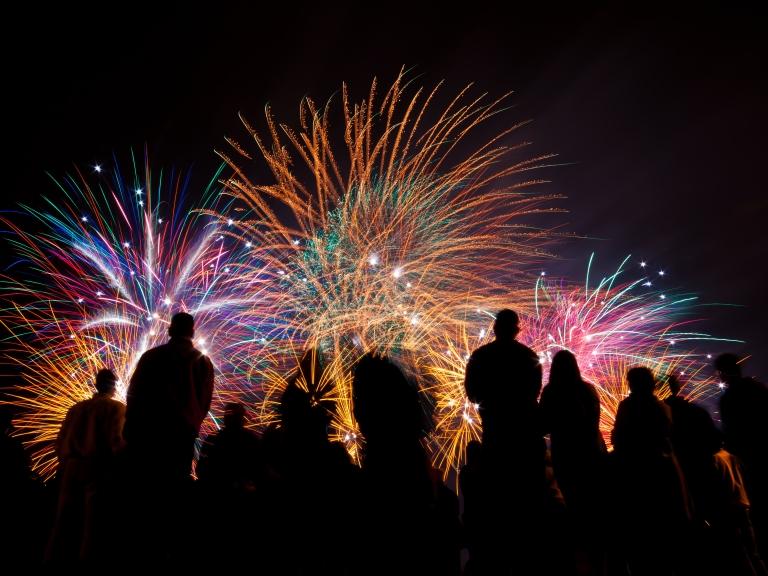 Fireworks+-+Depositphotos_39859697_original.jpg