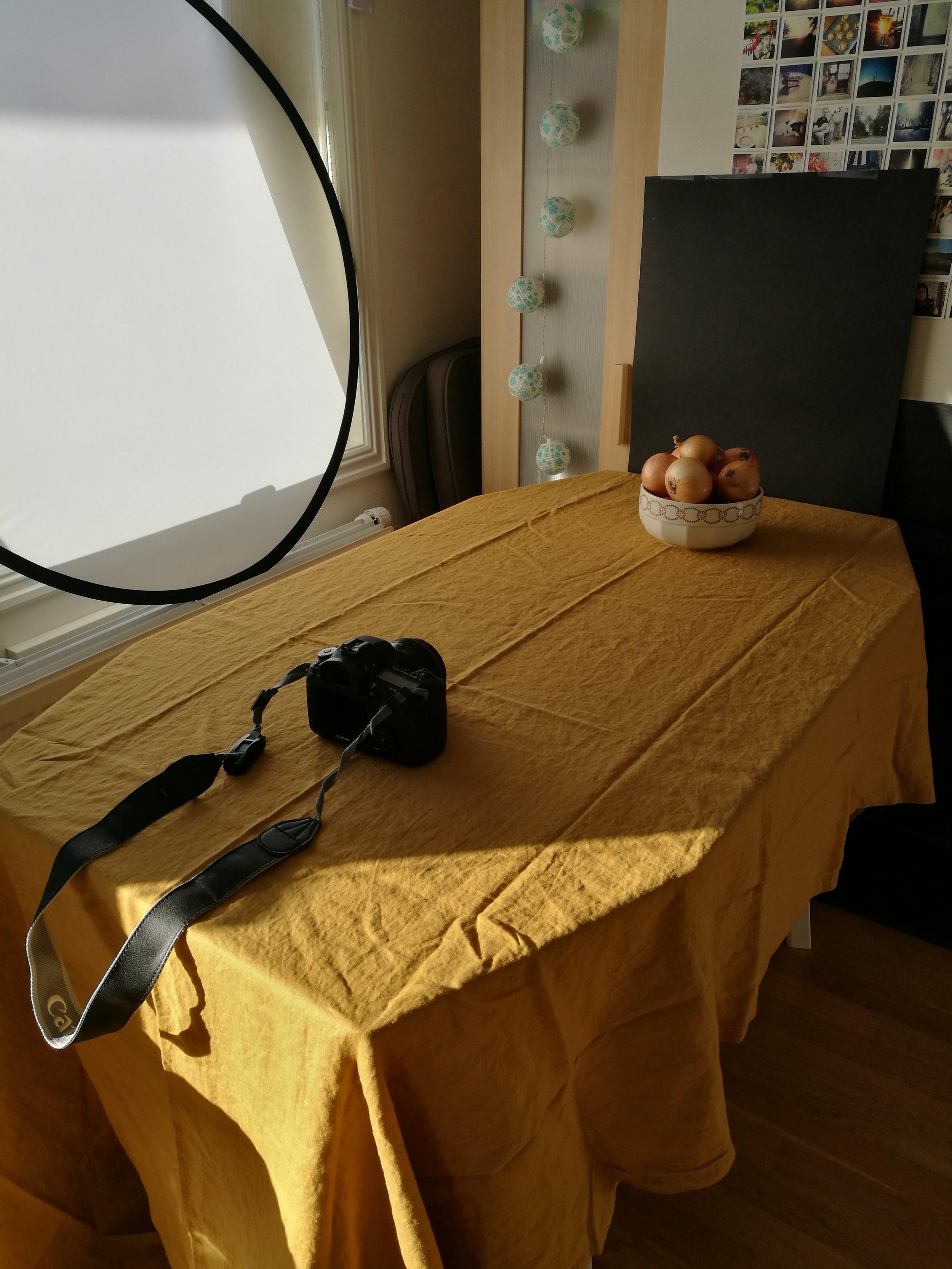 På februars siste dag hadde jeg fotostudio i stua, en hel dag med å lage mat og ta bilder. Gøy dag på drømmejobben!