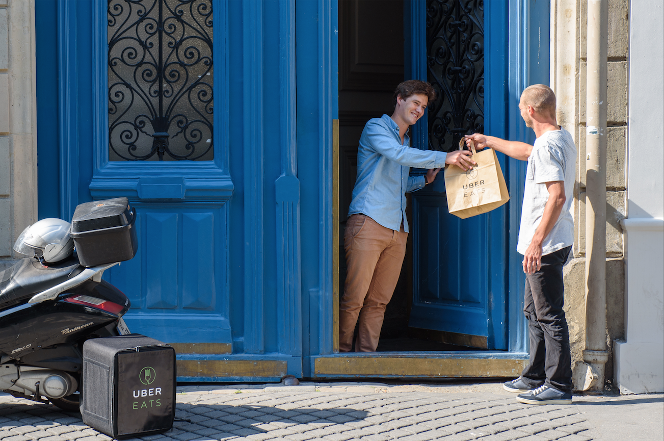 Uber Eats - We leveren bij je thuis of op kantoor. Snel, gemakkelijk én lekker. Bestel snel online via Uber Eats.