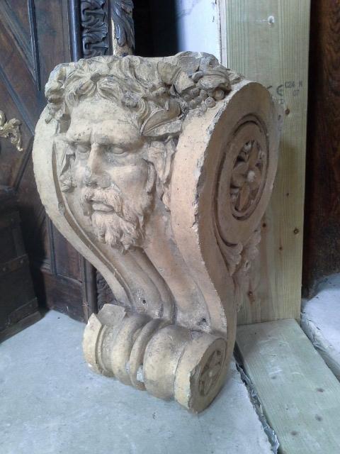 Large stone corbel by George Skey. £395