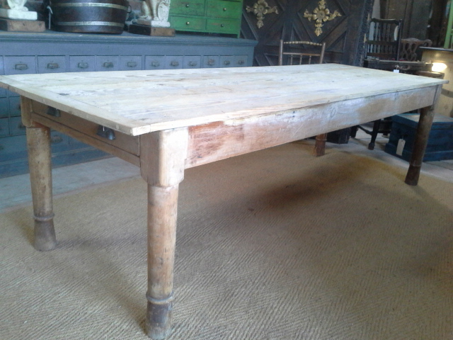 English pine 8.6' table. £895