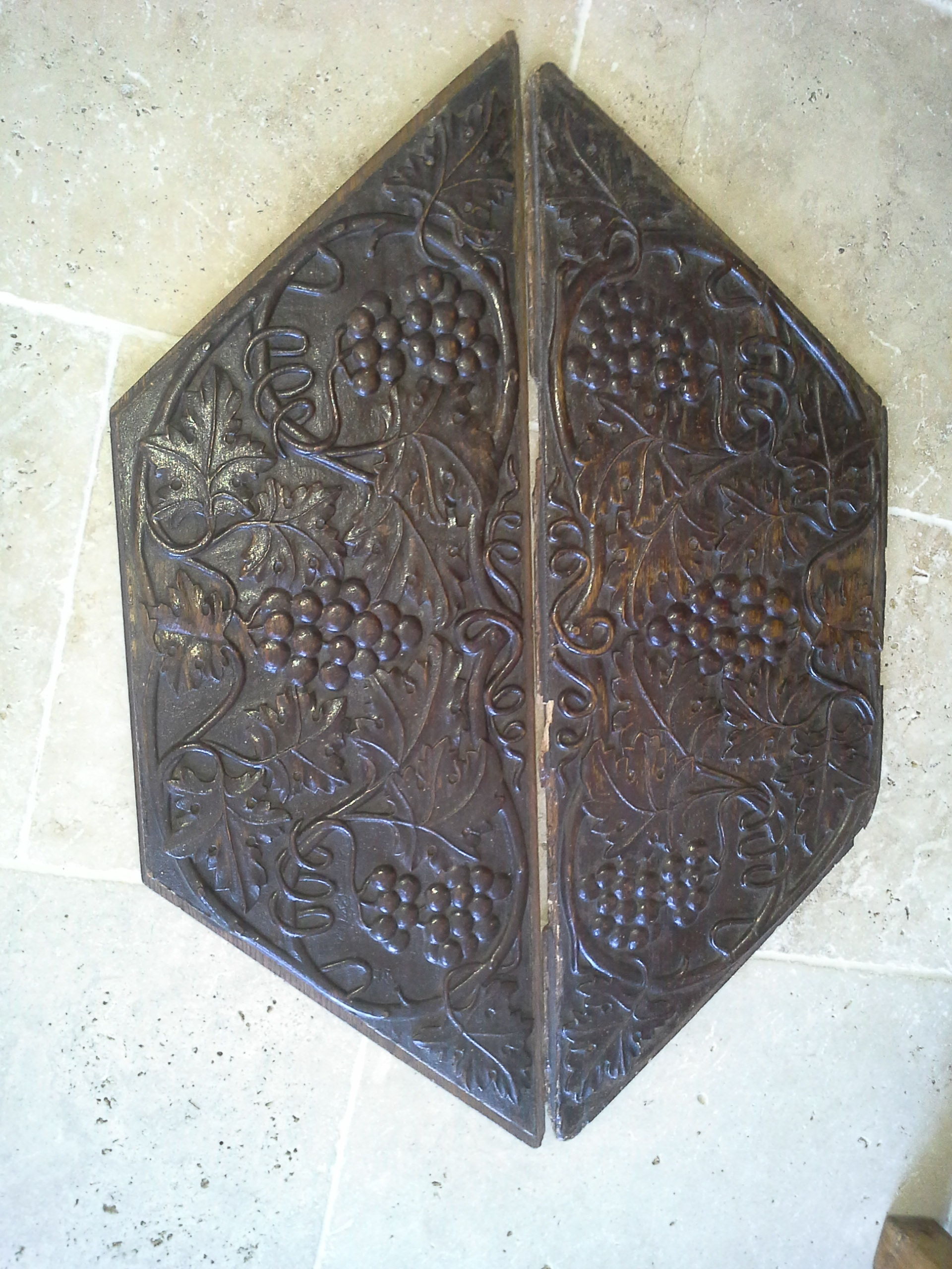 Pair of English carved panels, early 1800s. £425.
