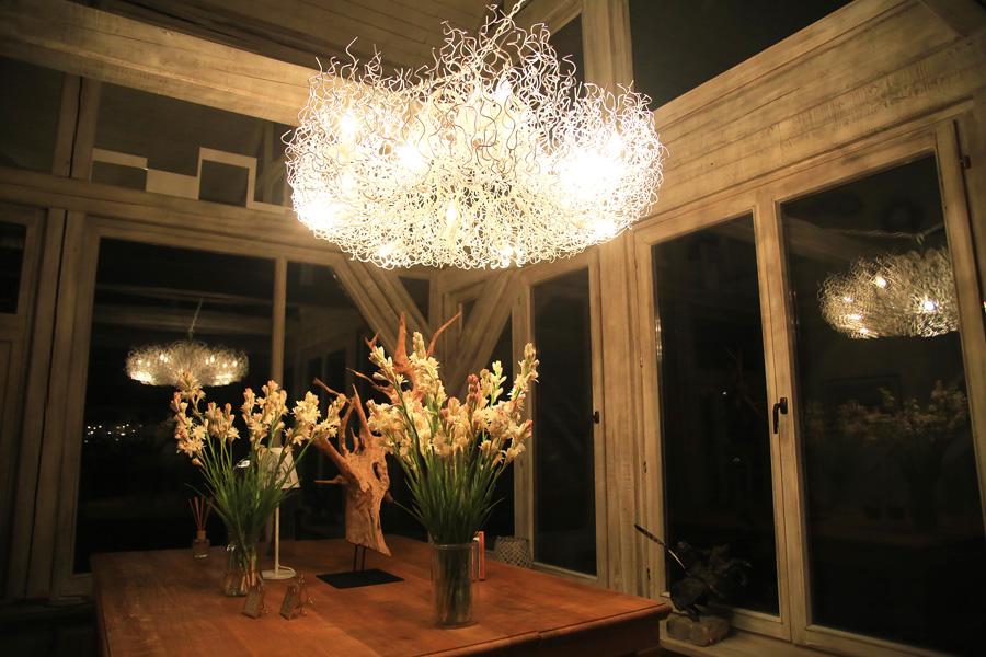 inspiration. light. restauration. antiques.