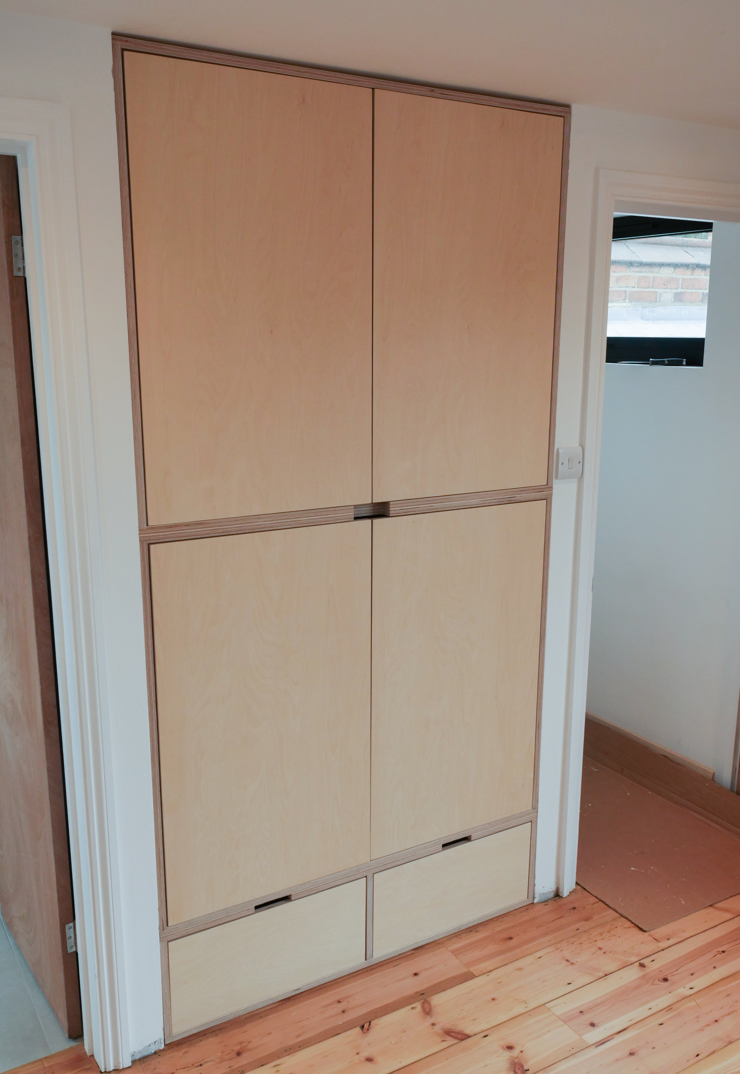 Another view of the wardrobe