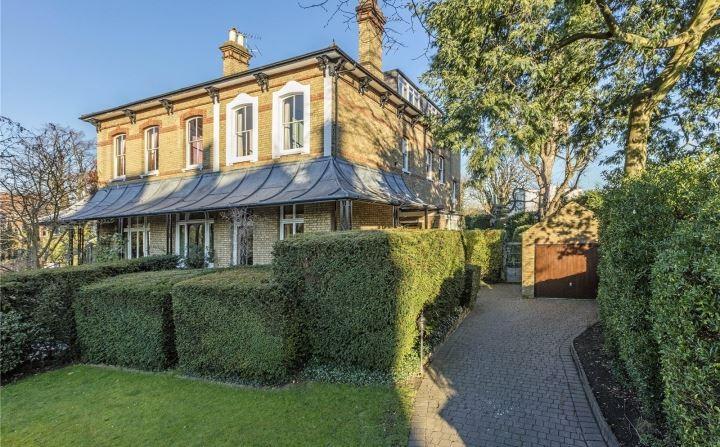 Riverdale House Victorian Italianate.jpg