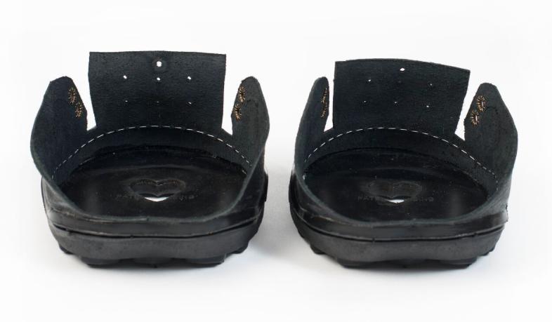 24/7 joggins shoe inside