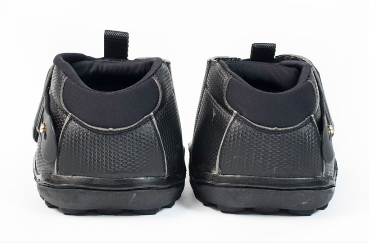 active jogging shoe back