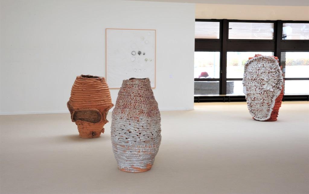 h Ausstellung Keramikmuseum Westerwald 2 copyright Estate Norbert Prangenberg.jpg