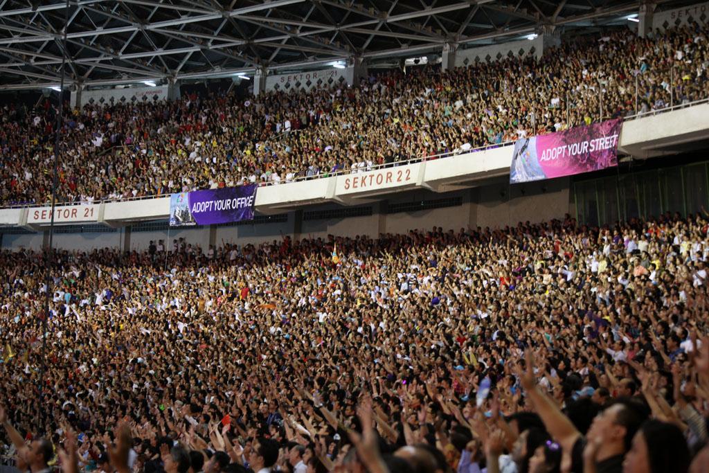 90,000 Prayer meeting (Jakarta)