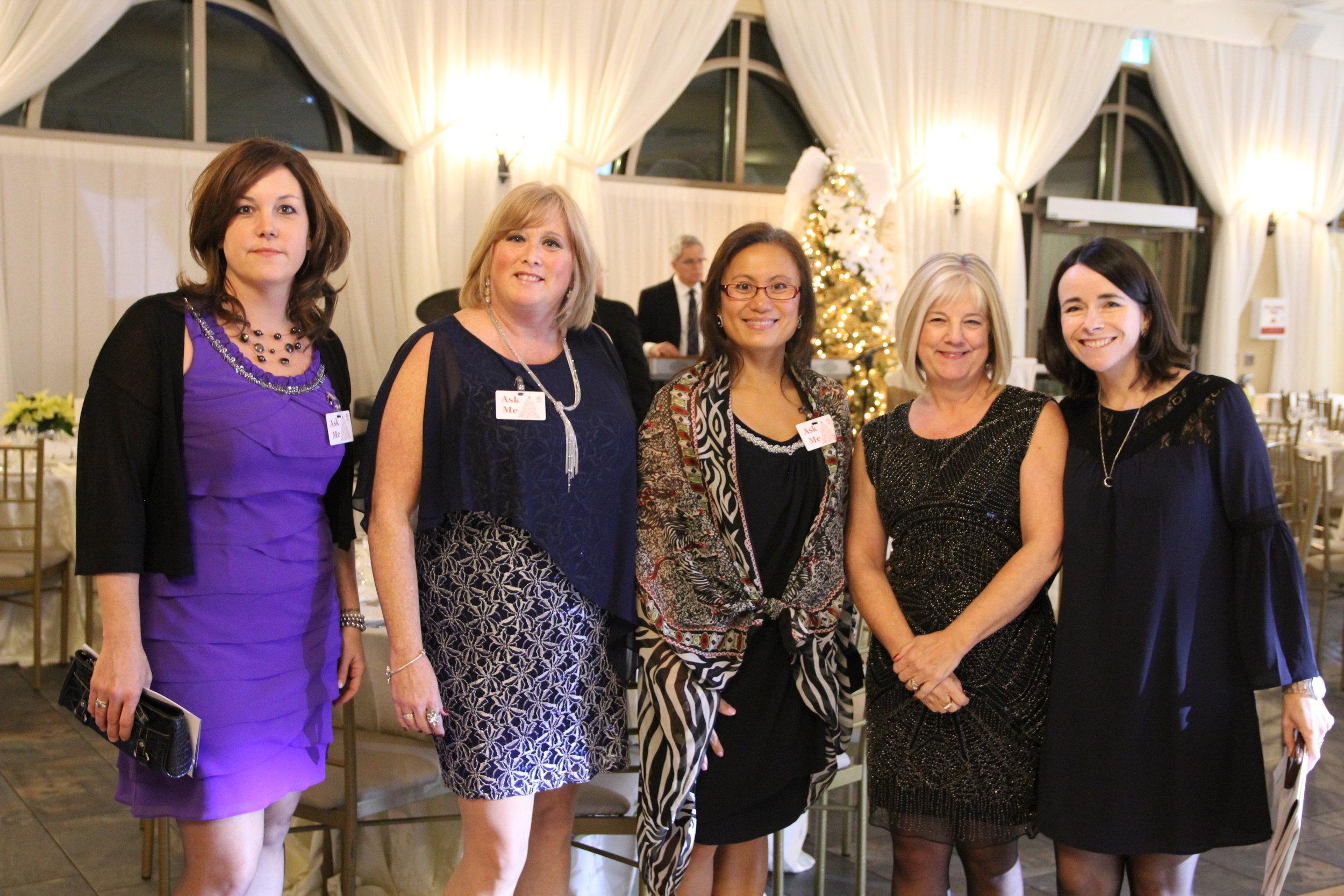 16 Michelle, Cathy, Geraldine, Lee, Shona.jpg