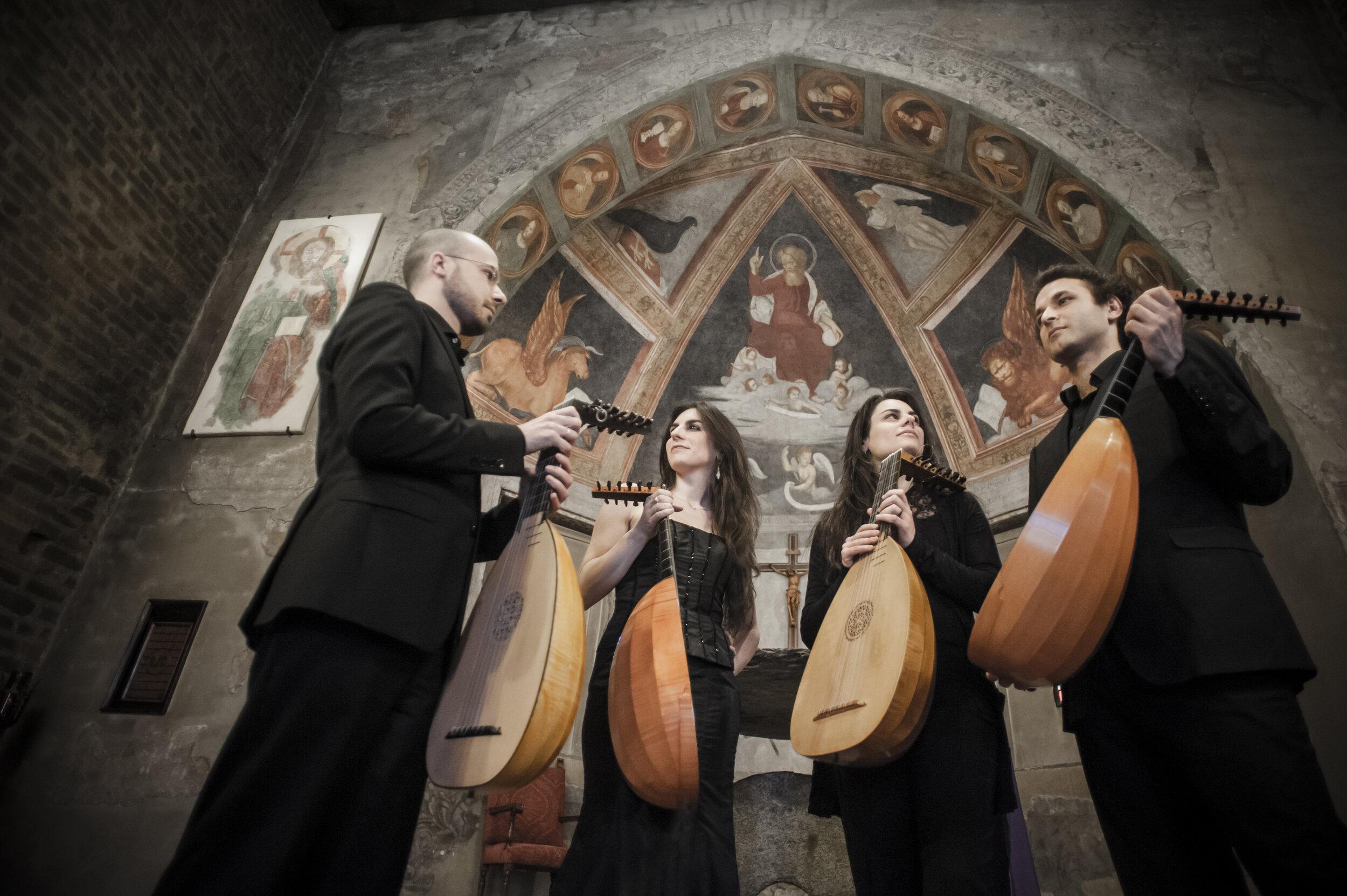 quartetto liuti da Milano.jpg