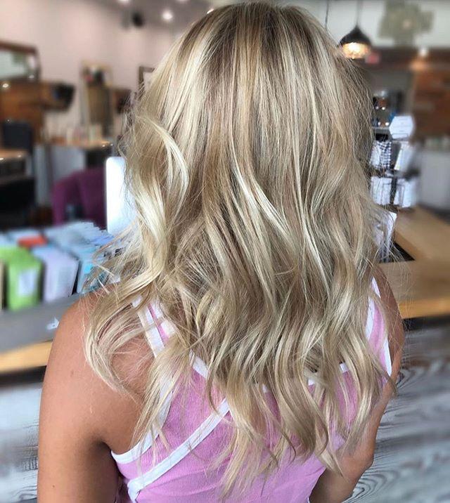 Lived in blondieeee 🤗 • • • By @amandamanes_