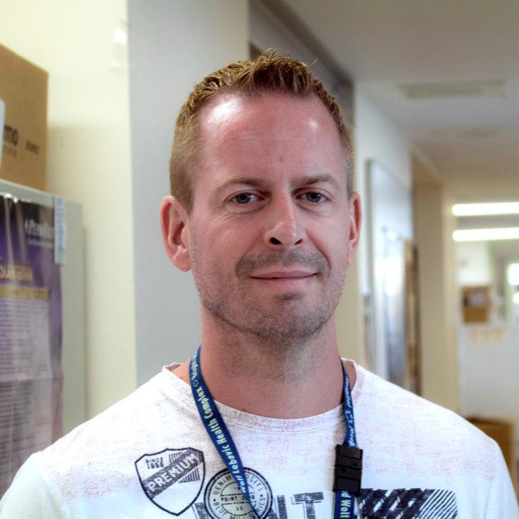 Dan Trcka    Research Coordinator MSc in Molecular Biology and Genetics, University of Guelph trcka@lunenfeld.ca