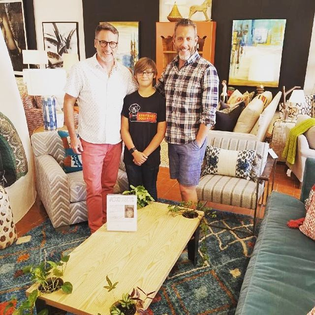 Huge thank you to Jeff & Chris @howyoureside for supporting me. Go by and visit Reside to see the Plantable and all their other great home decor!