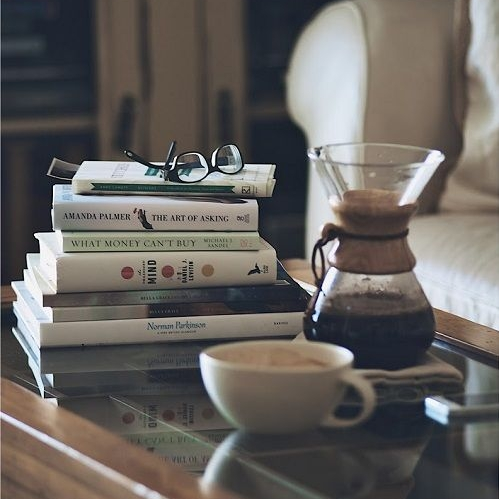 ceb3ded062607bc5974137e617091410--books-and-coffee-coffee-coffee.jpg
