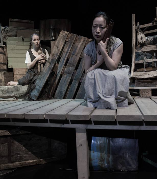 Scene 3: The Girl (Hilde Stensland, left) and Woman with Parasol (Jeungsook Yoo right)