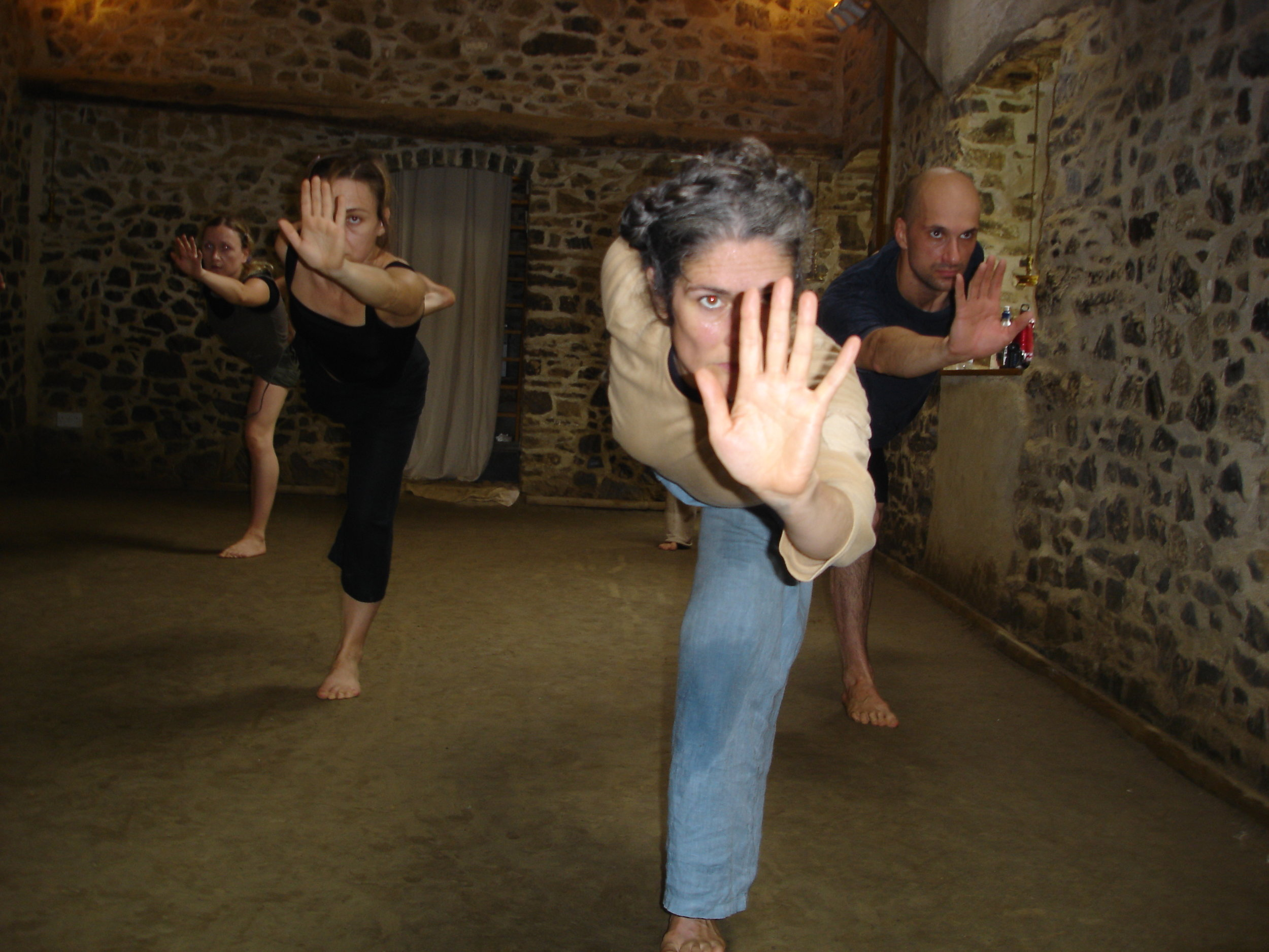 Pre-performative psychophysical training at the Tyn y parc CVN Kalari/Studio in West Wales.