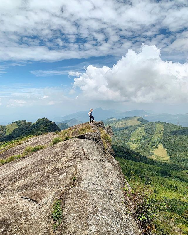 somewhere high above ⚡️ hiked through mountainous tea farms, no one else in sight, just myself and my guide. central sri lanka filllllled with bliss 🙌 #shexexplores