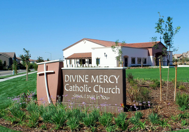 divine-mercy-parish-3.jpg