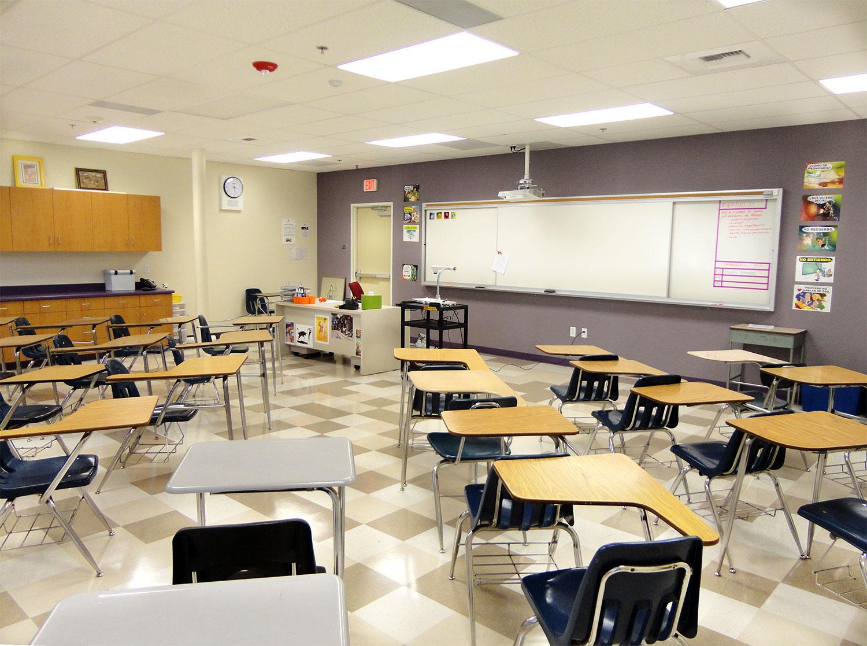 Christo-Rey-Classroom01.jpg