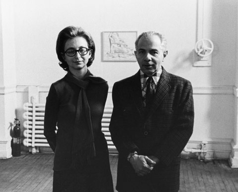 Dorothy and Herbert Vogel at The Clocktower with a drawing by Philip Pearlstein behind them, 1975. Photograph by Nathaniel Tileston. © Nathaniel Tileston, 2008.   Photo credit:  http://vogel5050.org/#about