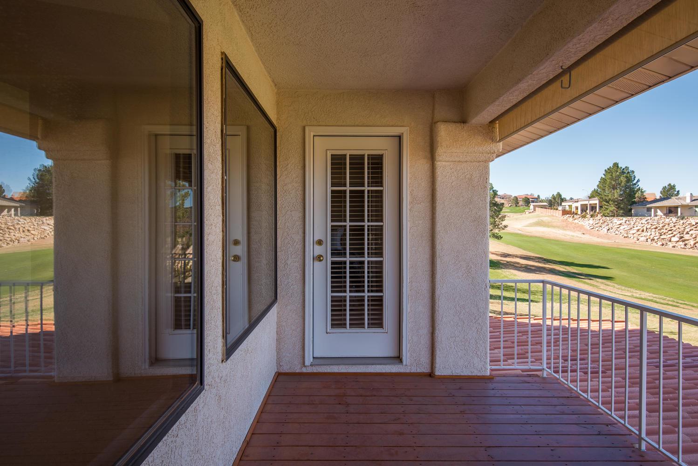 2092 fairway porch.jpg