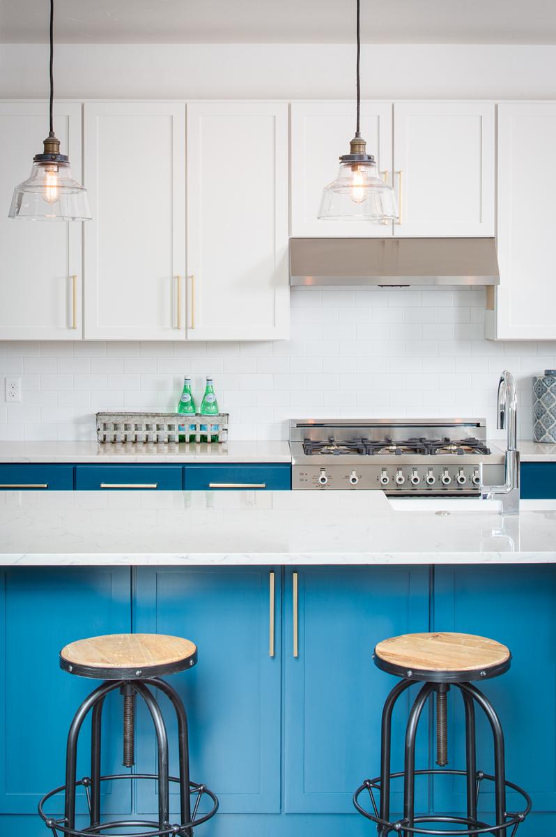 639 kitchen 2.jpg