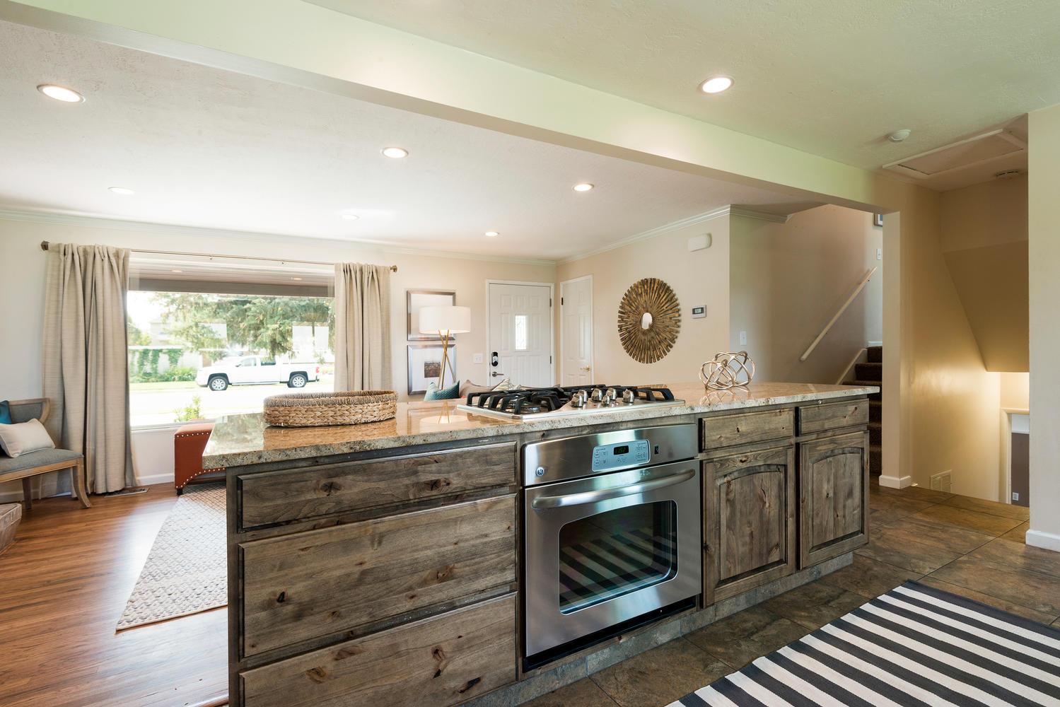 1423 E 5935 S kitchen3.jpg