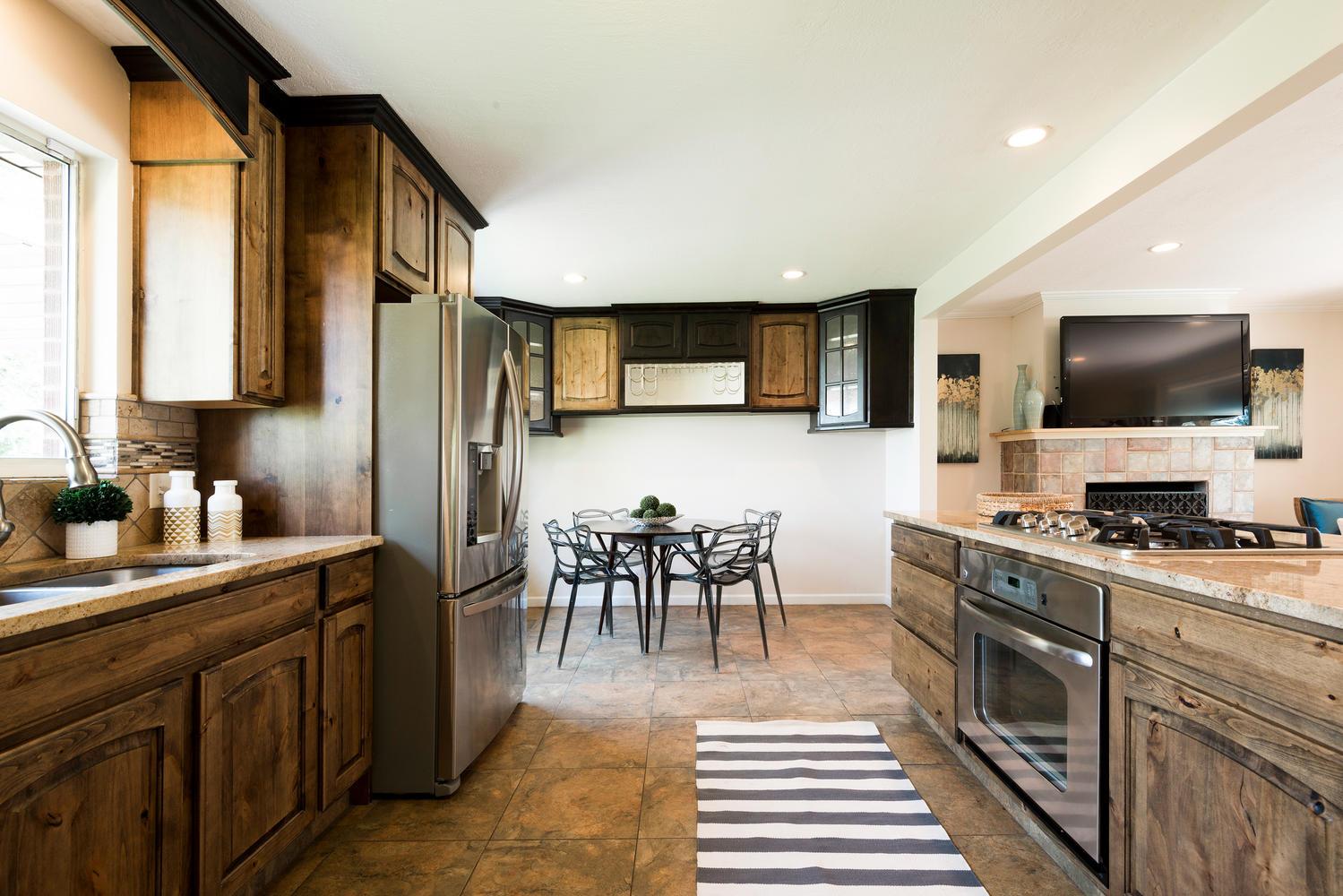 1423 E 5935 S kitchen1.jpg