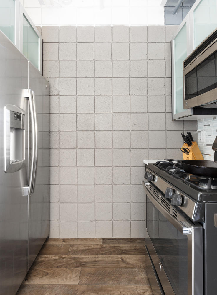 360 W kitchen detail.jpg