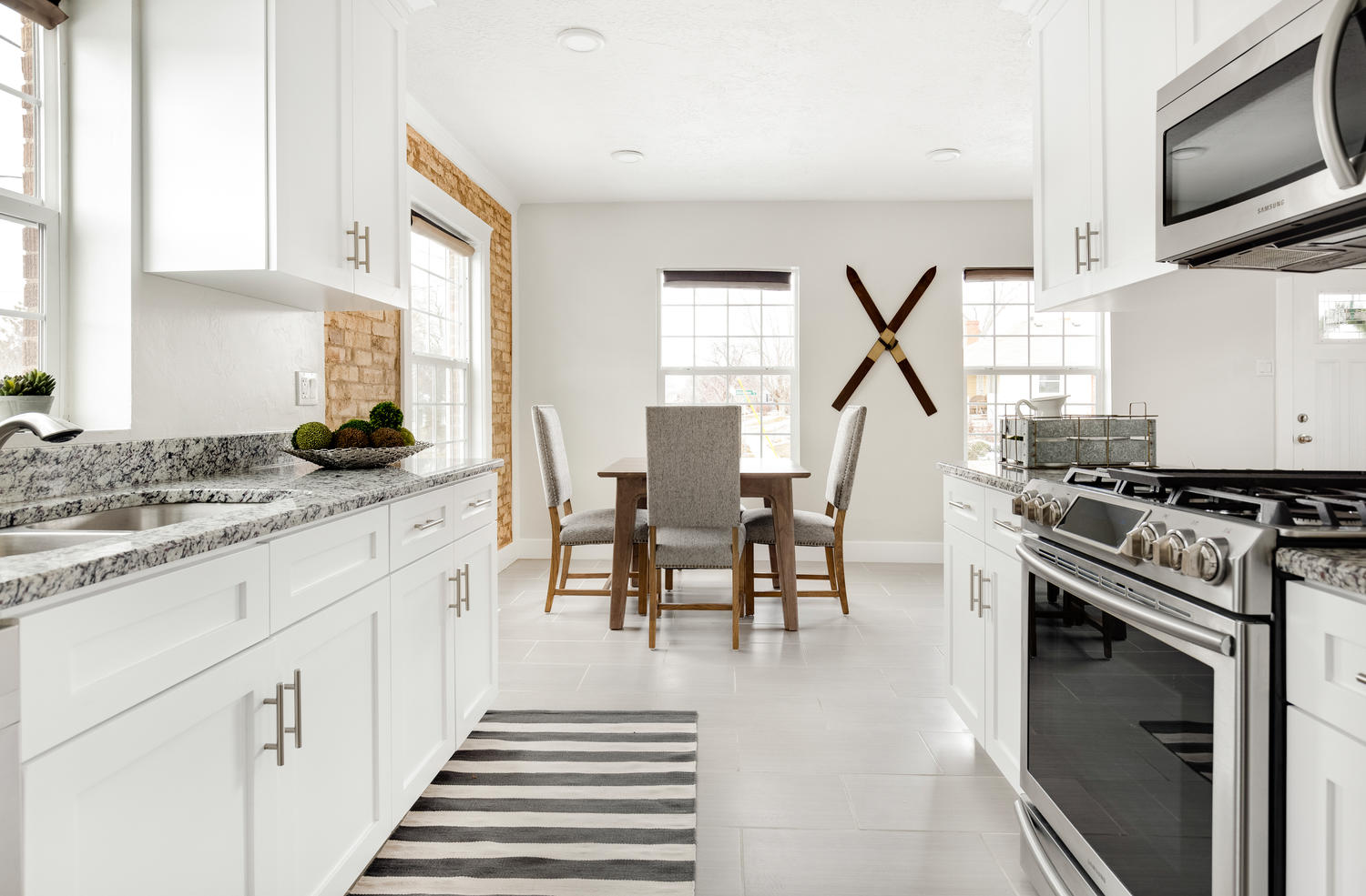 1342 kitchen:dining.jpg