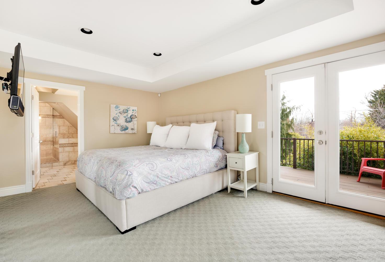 1652 yale master bedroom.jpg