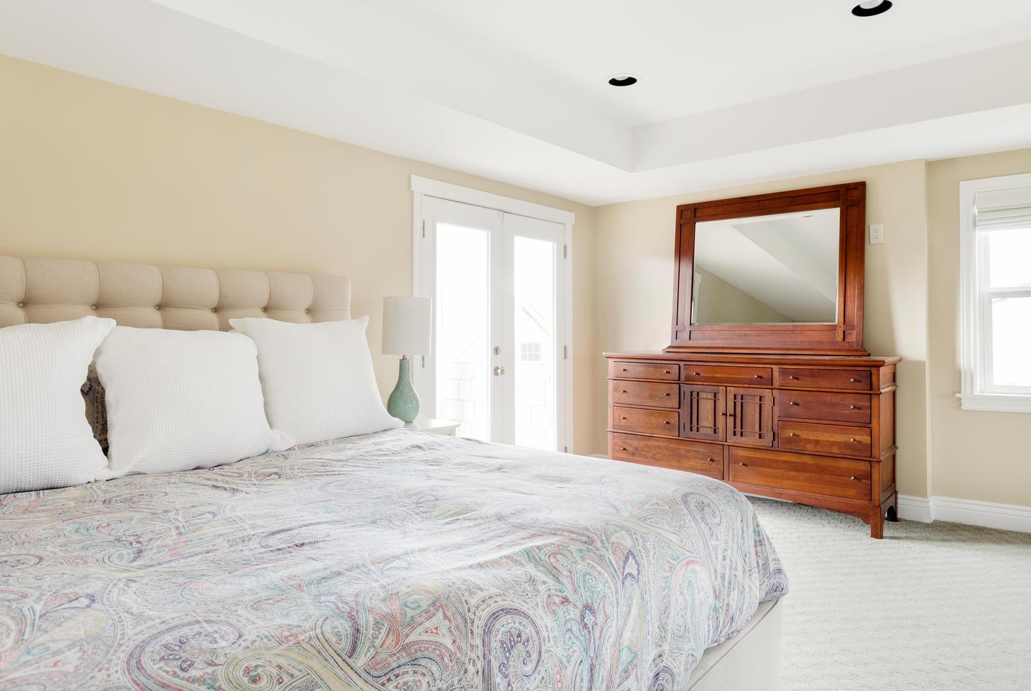 1652 yale master bedroom 1.jpg