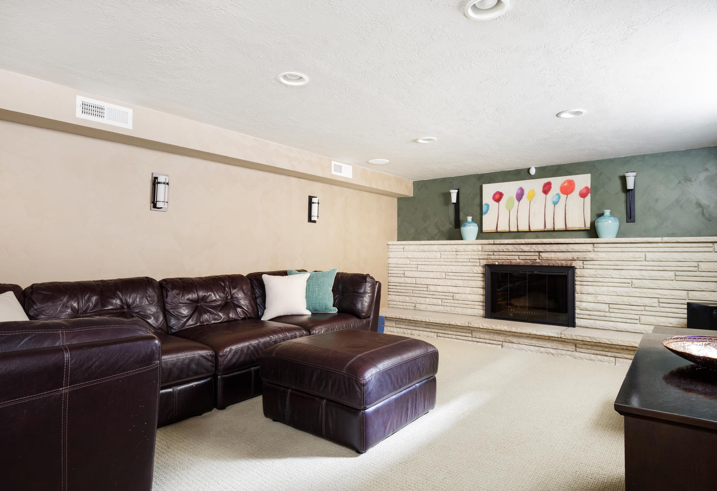 1652 yale basement family room.jpg