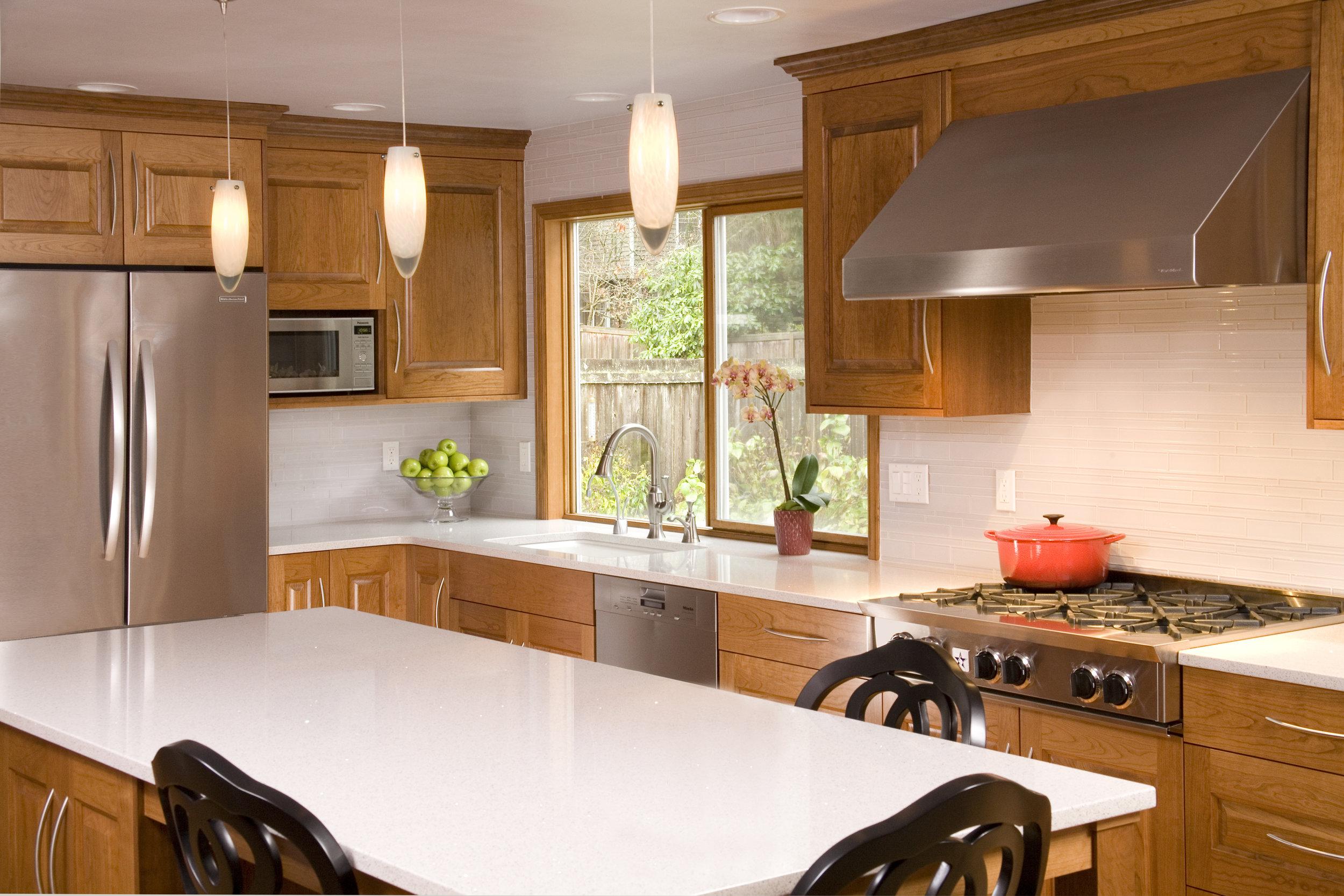 Sammamish Traditional Kitchen 5.jpg