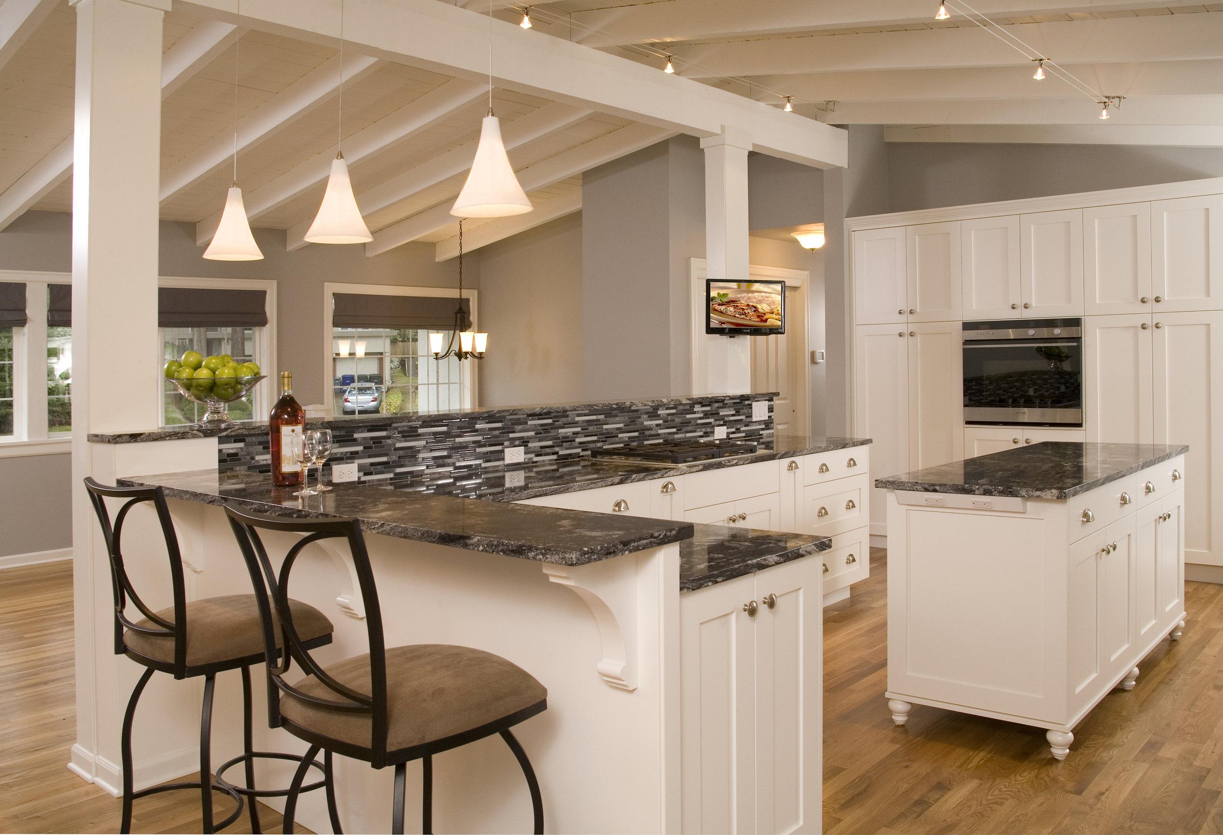 Bellevue Newport Hills Transitional Kitchen 2.jpg