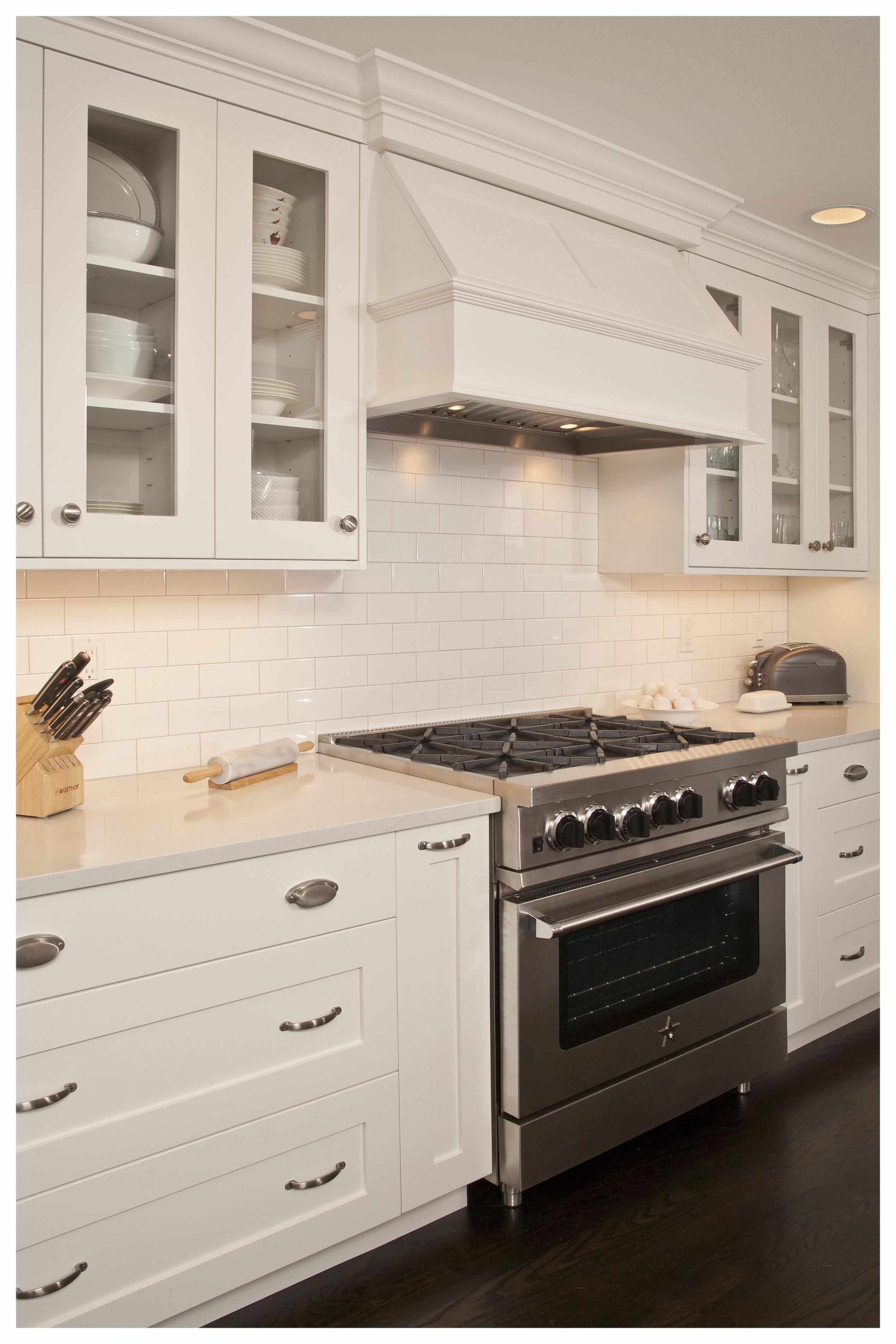 English Hill Transitional Kitchen 6.jpg
