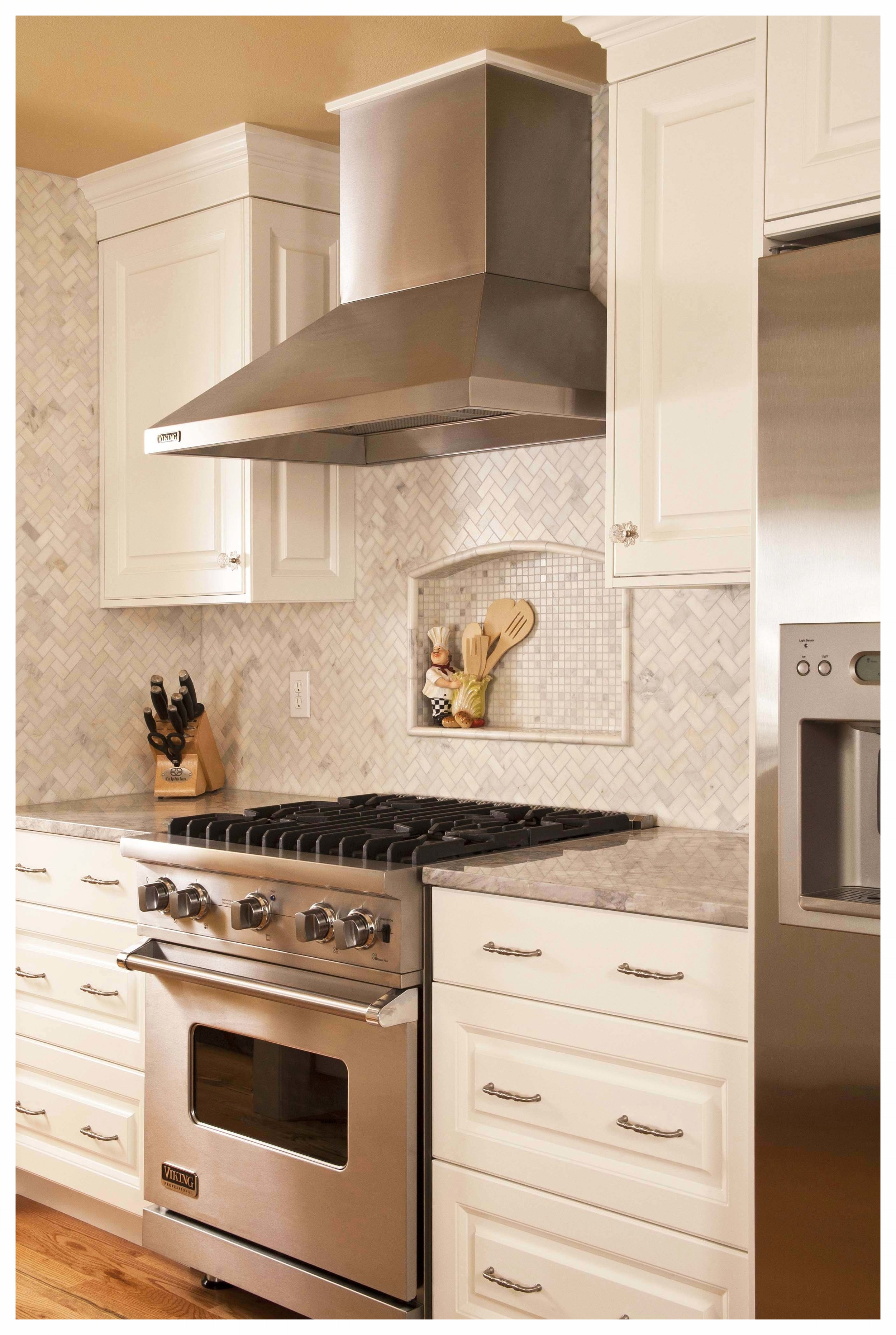 Redmond Cottage Kitchen 4.jpg