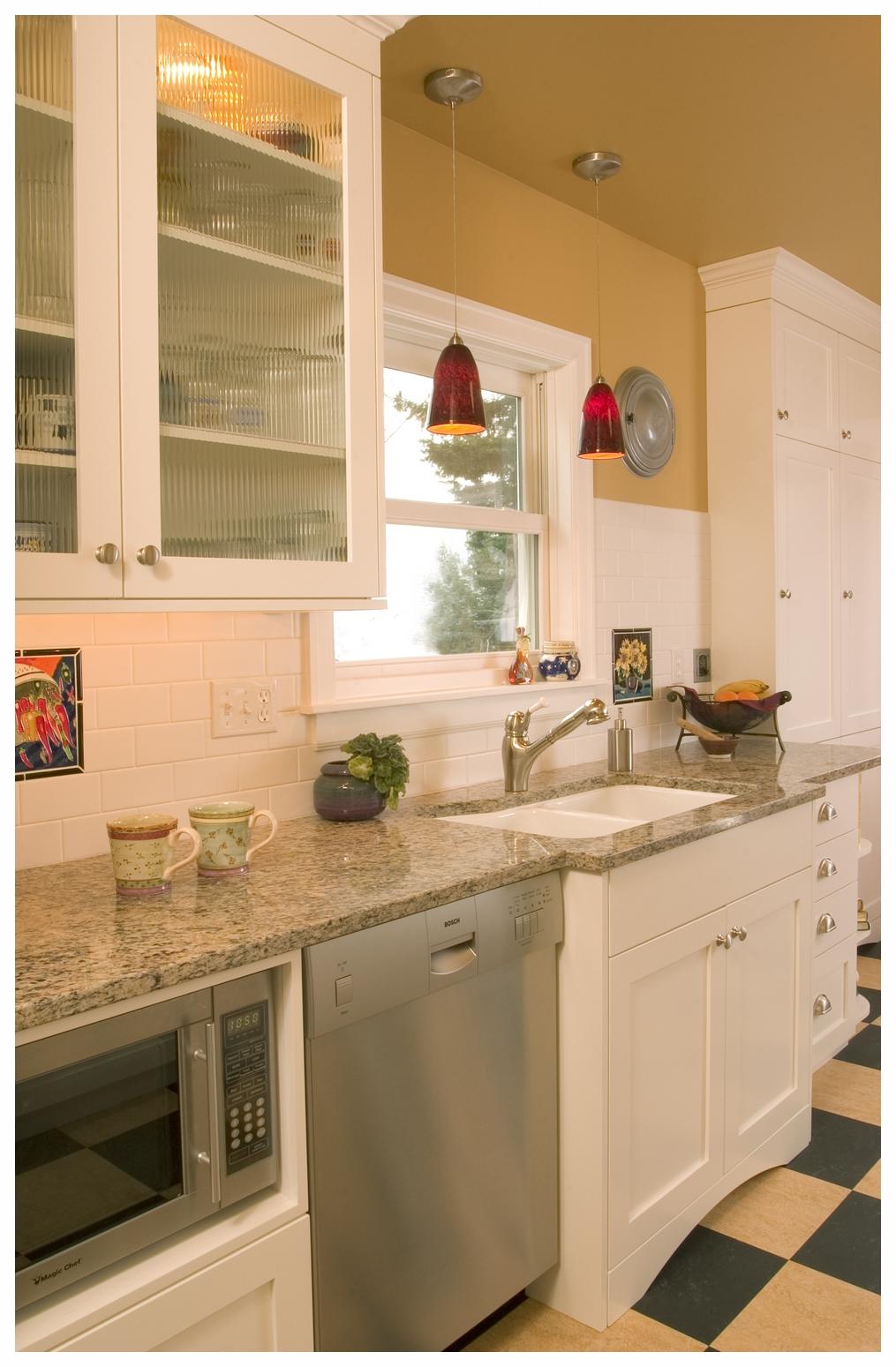Ballard Bungalow Kitchen 4.jpg